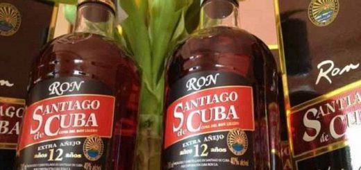 ron-santiago-cuba-ron-radio-rebelde